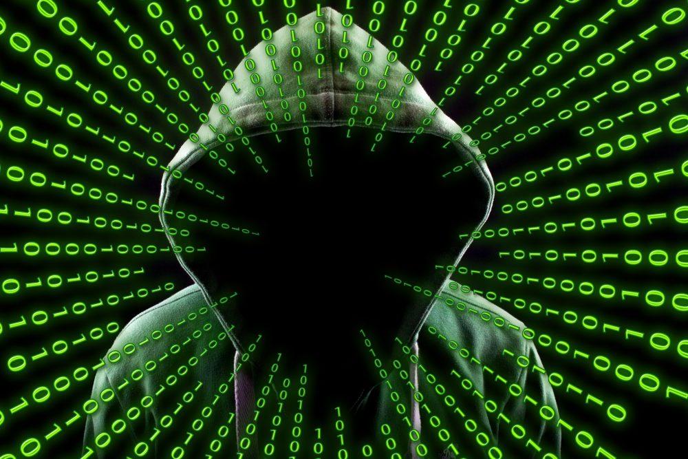 hacker-2883632_1920